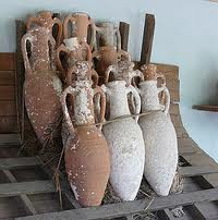 Ancient wine amphorae with an egg-like shape.  (Photo courtesy of Wikipedia)